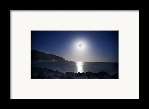 Super Moon Framed Print By Thomas Kessler