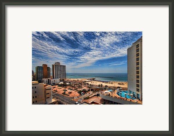Tel Aviv Summer Time Framed Print By Ron Shoshani