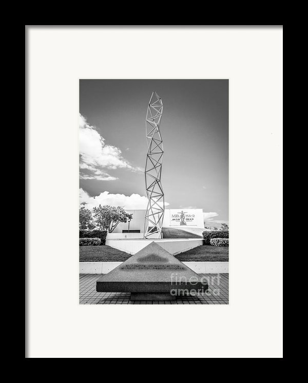 The Challenger Memorial 2 - Bayfront Park - Miami - Black And White Framed Print By Ian Monk
