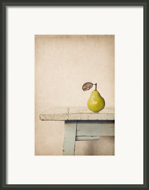 The Exhibitionist Framed Print By Amy Weiss
