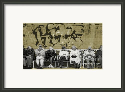 The Ladies Club - Brighton Beach Framed Print By Jeff Breiman