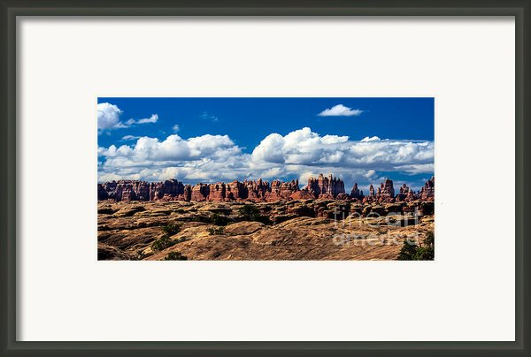 The Needles Framed Print By Robert Bales