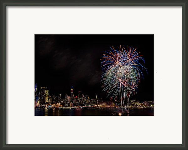 The New York City Skyline Sparkles Framed Print By Susan Candelario