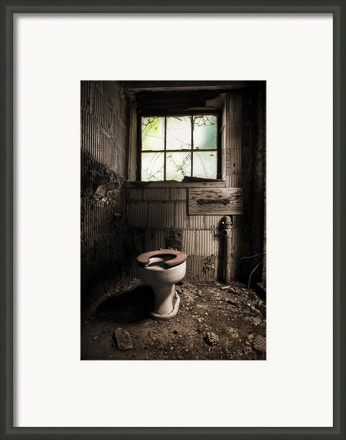 The Old Thinking Room - Abandoned Restroom And Toilet Framed Print By Gary Heller