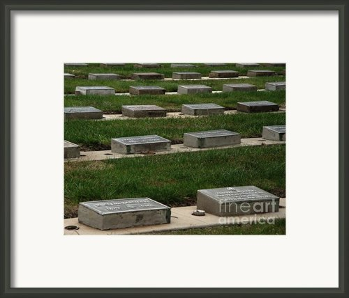 The Resting Place Framed Print By Peter Piatt