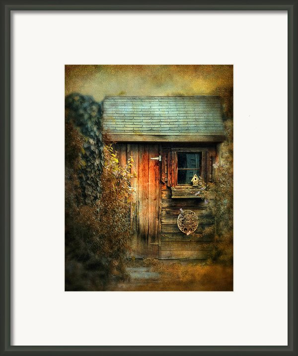 The Shed Framed Print By Jessica Jenney