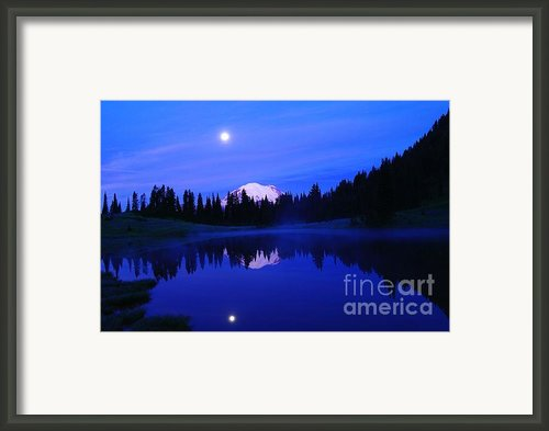 Tipsoe Lake In The Morn  Framed Print By Jeff  Swan
