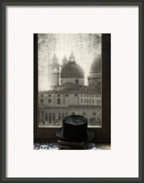 Top Hat Framed Print By Joana Kruse