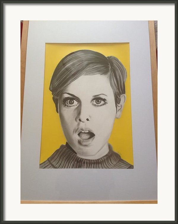 Twiggy Framed Print By Martin Burton