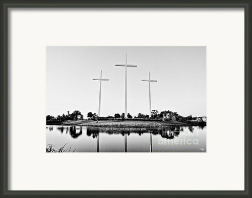 Unfailing Love Framed Print By Scott Pellegrin