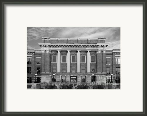 University Of Wisconsin Milwaukee Mitchell Hall Framed Print By University Icons