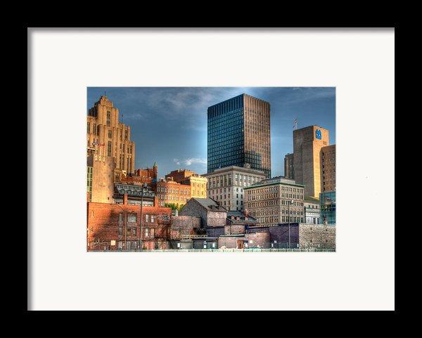 Vieux Montreal Framed Print By Elisabeth Van Eyken
