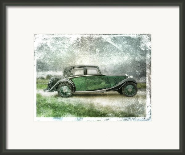 Vintage Rolls Royce Framed Print By David Ridley