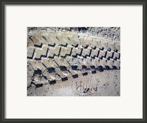 Vroooomm Framed Print By Nafets Nuarb