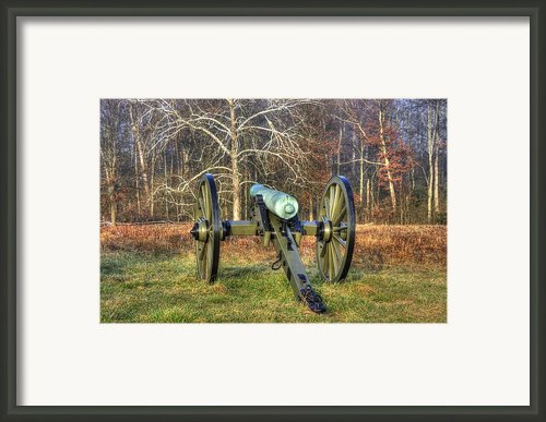 War Thunder - 1st New York Light Artillery-a1 Battery D The Wheatfield Gettysburg Framed Print By Michael Mazaika
