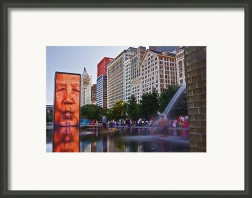 Water Fun In Chicago 1 Framed Print By Sven Brogren