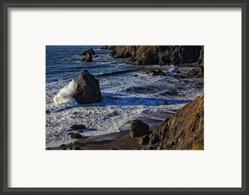 Wave Breaking On Rock Framed Print By Garry Gay