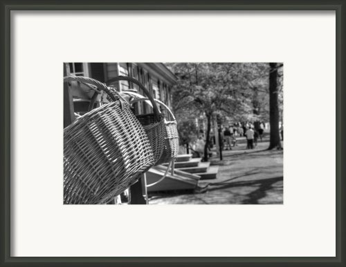 Weaving The Past Framed Print By Greg And Chrystal Mimbs