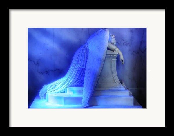Weeping Angel Framed Print By Don Lovett