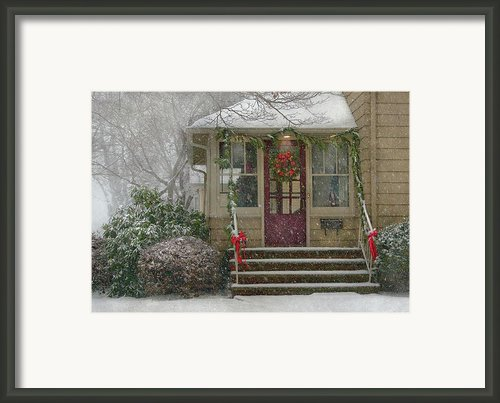 Winter - Dreaming Of A White Christmas Framed Print By Mike Savad