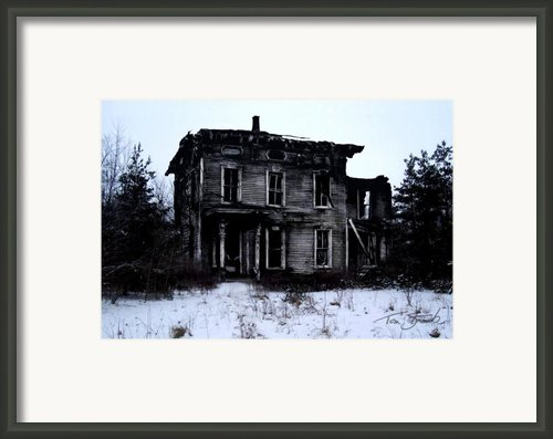 Winter Home Framed Print By Tom Straub