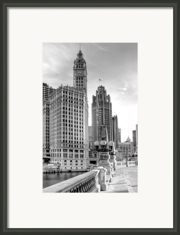 Wrigley And Tribune Framed Print By Scott Norris