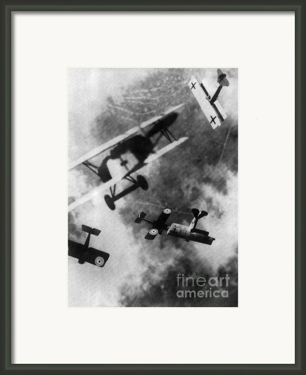 Wwi German British Dogfight Framed Print By Nypl