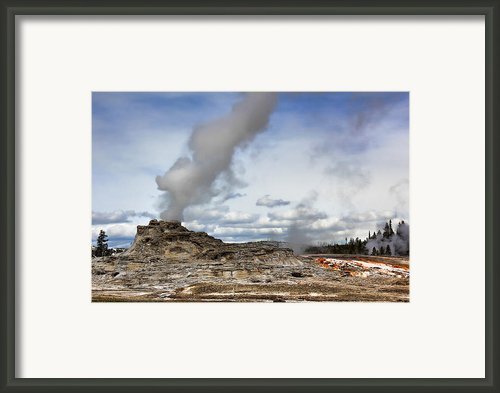 Yellowstone Castle Geyser Framed Print By Leslie Kirk