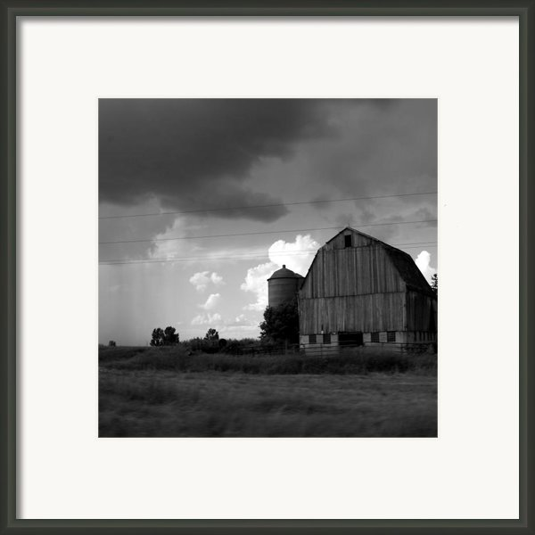 08016 Framed Print By Jeffrey Freund