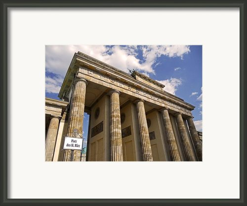 Brandenburg Gate - Berlin Framed Print By Juergen Weiss