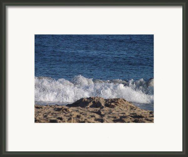 Crashing Waves Framed Print By Jamie Diamond