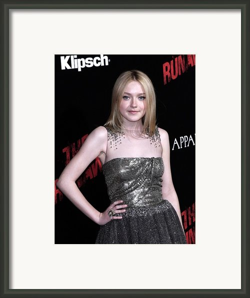 Dakota Fanning Wearing A Valentino Framed Print By Everett