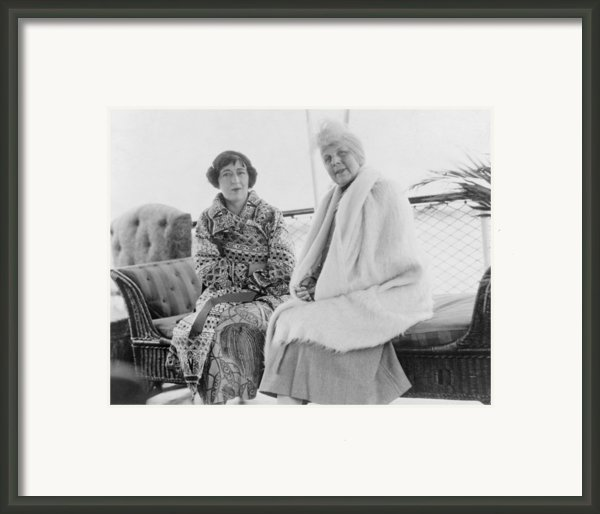 First Lady Florence Harding 1860-1924 Framed Print By Everett
