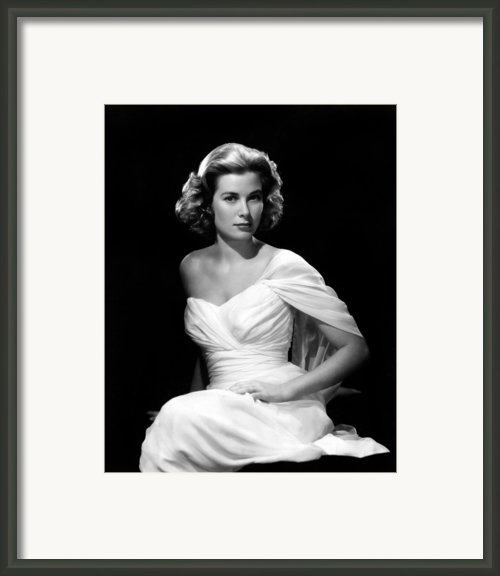 Grace Kelly, 1954 Framed Print By Everett