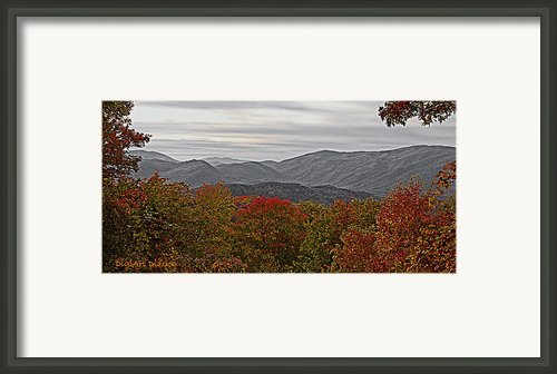 Infinite Smoky Mountains Framed Print By Digiart Diaries By Vicky Browning