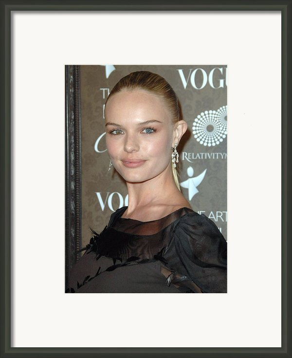 Kate Bosworth At Arrivals For The Art Framed Print By Everett