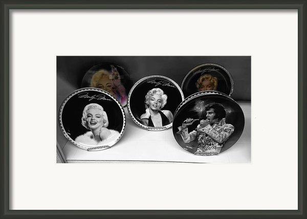 Marilyn And Elvis Framed Print By Daniel Hagerman