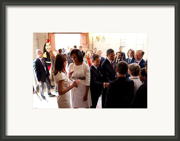 President Obama And French President Framed Print By Everett