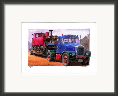 Scammell Highwayman. Framed Print By Mike  Jeffries