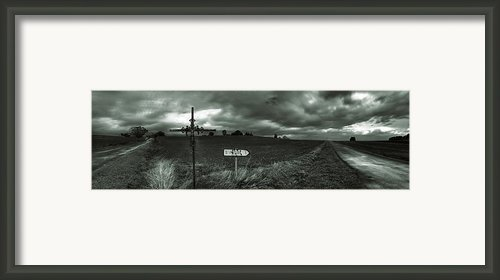 St Pierre Croix De Carrefour  Framed Print By Ed Gold