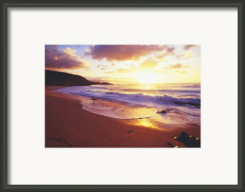 Waimea Bay Sunset Framed Print By Bob Abraham - Printscapes