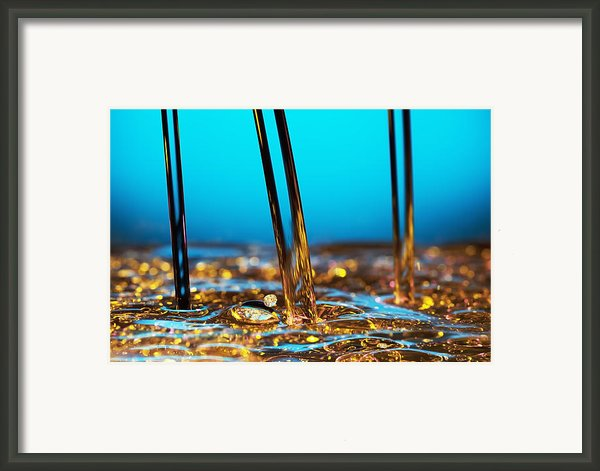 Water And Oil Framed Print By Setsiri Silapasuwanchai