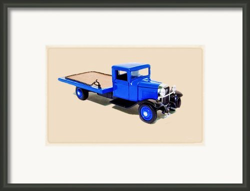 1934 Ford Tow Truck Framed Print By Garry Staranchuk