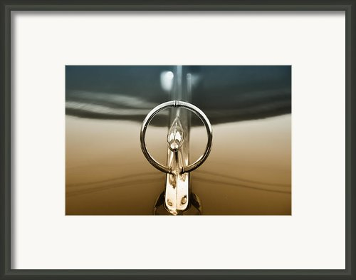 1948 Buick Eight Super Hood Ornament Framed Print By Bill Cannon