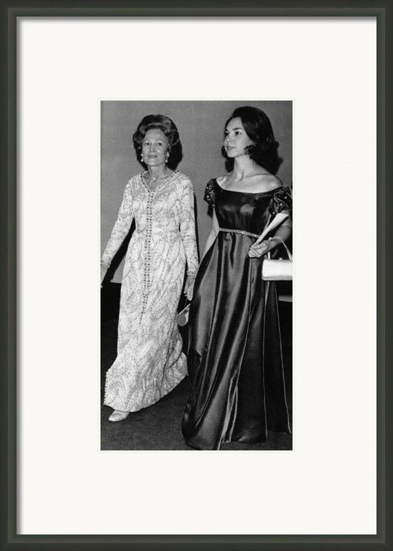 1973 Us Presidency, Nixon Family Framed Print By Everett
