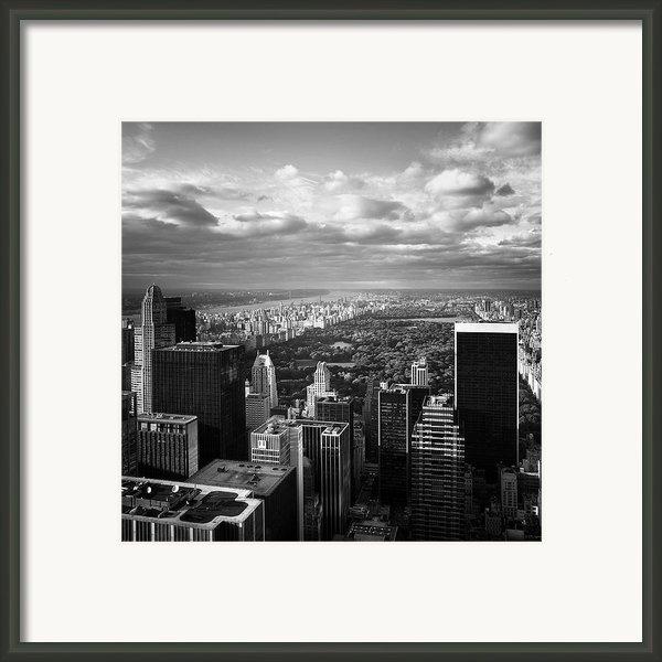 Nyc Central Park Framed Print By Nina Papiorek