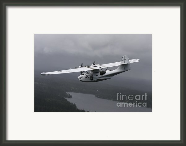 Pby Catalina Vintage Flying Boat Framed Print By Daniel Karlsson