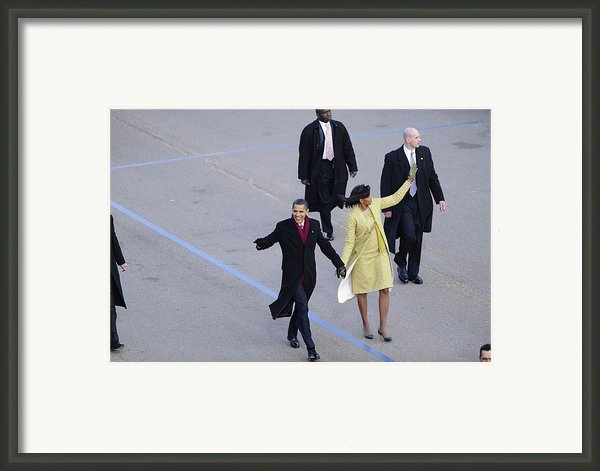 President And Michelle Obama Wave Framed Print By Everett