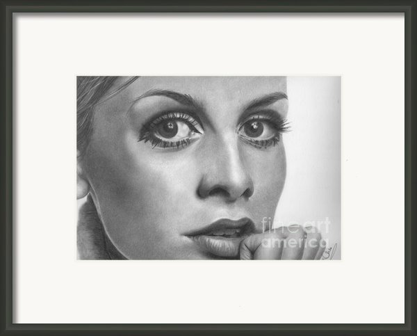 Twiggy Framed Print By Karen  Townsend