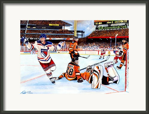 2012 Bridgestone-nhl Winter Classic Framed Print By Dave Olsen